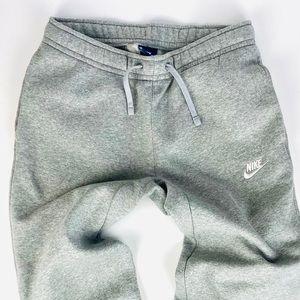 🎃 Nike Sportswear Club Fleece Sweats 🎃